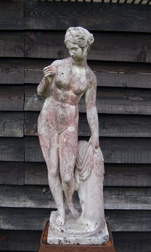 Venus with Apple Figure marble beautifully detailed and nicely weathered. Italy, mid 20th century. Buy online or visit Debden Barns Antiques Saffron Walden.