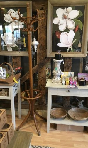 An early 20th Century Bentwood hat stand in good condition - speaks for itself! H: 193cm. View at Debden Barns, Saffron Walden or buy online. Call us on 01799 544 018 or for more information email us at info@debdenbarns.co.uk